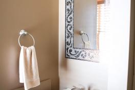 Room3 Private Bath